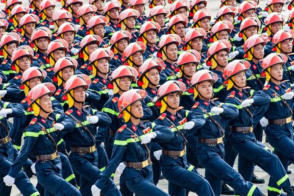 Chủ tịch nước chúc mừng lực lượng phòng cháy, chữa cháy và cứu nạn, cứu hộ