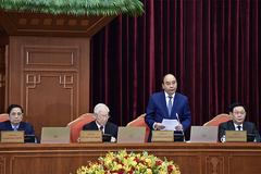 Trung ương thảo luận về phòng chống dịch, lùi cải cách tiền lương