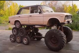 Chiếc sedan được độ 'điên rồ' với 14 bánh xếp chồng hình kim tự tháp