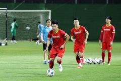 Phan Văn Đức trở lại, tuyển Việt Nam luyện 'chiêu' ghi bàn