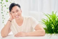 Việt Anh đăng ảnh chàng thơ đẹp trai, hiền lành