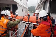 Chạy đua với áp thấp cứu thuyền trưởng gặp nạn trên tàu cá bị chìm