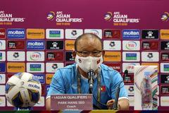 HLV Park Hang Seo: Tuyển Việt Nam vượt áp lực thắng Trung Quốc