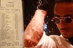Hoá đơn bữa tối gây tranh cãi: Tổng gần 55 triệu, riêng món bít tết giá 22 triệu đồng
