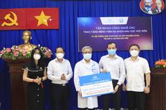 CMC tặng Bệnh viện Đa khoa Hóc Môn hệ thống xét nghiệm Covid-19