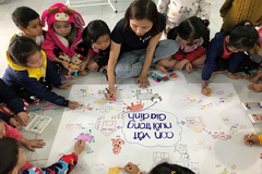 Nỗ lực xóa rào cản học tập cho trẻ mầm non miền núi Quảng Nam