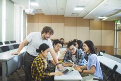 Đại học VinUni phát động cuộc thi Giải bài toán kinh doanh toàn cầu