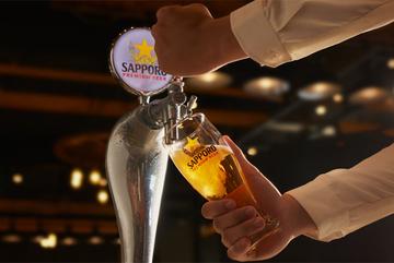 Rót bia đúng cách - sự tinh tế của khoảnh khắc tận hưởng