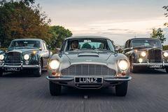 Hãng xe của Beckham phục chế Aston Martin cổ thành ôtô điện triệu USD