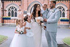 Cặp đôi làm đám cưới chỉ mất 15 triệu đồng vẫn lãi