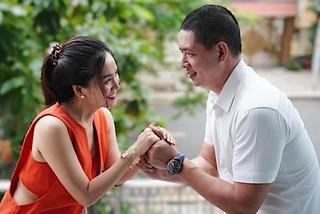 Vợ doanh nhân đăng ảnh tình cảm bên ông xã Bình Minh