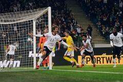Thắng ngược Romania, Đức chạm một tay vào vé World Cup