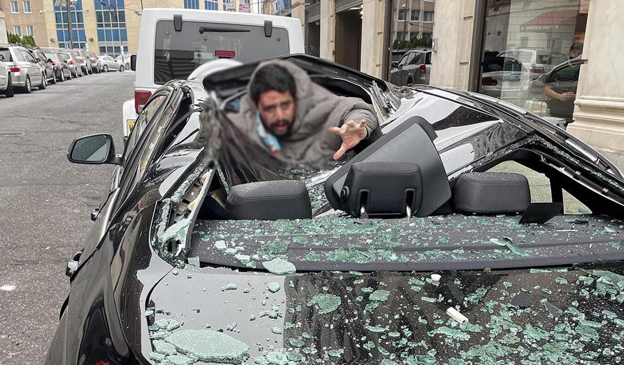 Clip cướp đang rút súng bị ô tô tông nóng nhất mạng xã hội