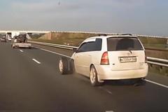 Rộ trào lưu tháo ốc bánh xe cực kỳ nguy hiểm trên TikTok