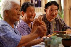 Người dân làng trường thọ ở Nhật ăn gì?