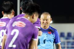 Quế Ngọc Hải trở lại, thầy Park cười tươi rói chờ đấu Oman