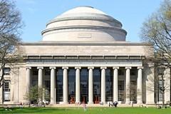 Top 10 đại học về tỷ lệ sinh viên có việc làm tốt nhất thế giới