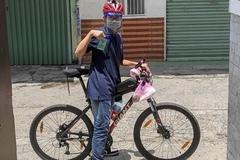Chàng trai đạp xe hàng chục km đi chống dịch kể chuyện nhớ đời
