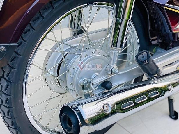 Honda Dream Việt biển ngũ 9 độc nhất miền Bắc giá gần 400 triệu đồng