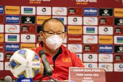 HLV Park Hang Seo: Cầu thủ Việt Nam bất mãn vì trọng tài