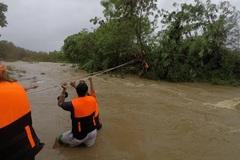 Bão Kompasu càn quét Philippines gây lở đất, lũ lụt