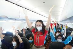 Nối lại đường bay: Náo nức và yên tâm với chuyến bay an toàn