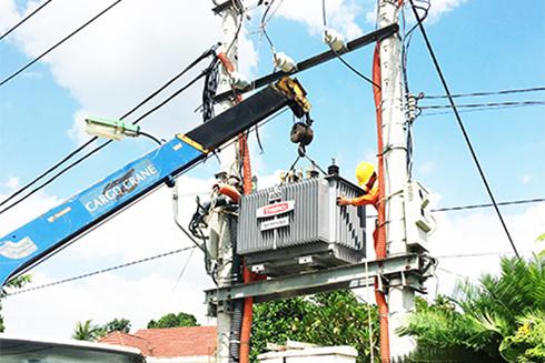 Thông qua nhiều kênh để thông tin, hướng dẫn khách hàng tiết kiệm điện