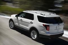 Nguy cơ gãy tay đòn hệ thống treo, hơn 126.000 xe Ford Explorer phải triệu hồi