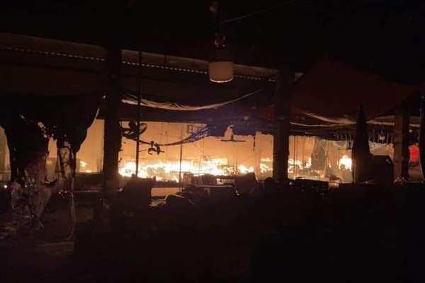 Hỏa hoạn thiêu rụi hàng trăm ki-ốt ở Hải Phòng