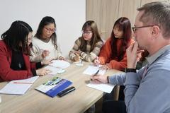 Cẩm nang chọn trung tâm tư vấn du học nghề điều dưỡng Đức