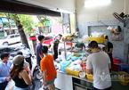 Hà Nội cho phép kinh doanh ăn uống tại chỗ, xe buýt, taxi được hoạt động