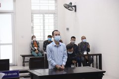 Cha rủ con 'nghênh chiến', gây án giết người ở Hà Nội