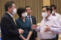 Thủ tướng: Nền kinh tế bị tổn thương do kiểm soát dịch bệnh chưa tốt