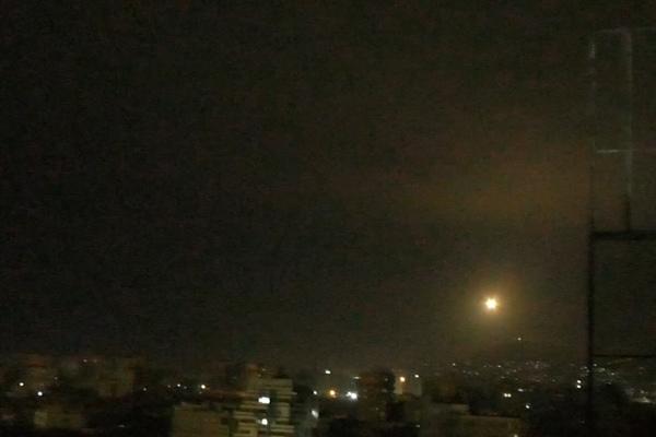 Israel không kích hàng loạt mục tiêu ở Syria