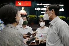Chủ tịch Phan Văn Mãi: 'Tháng 11 TP.HCM vẫn chưa trở lại trạng thái bình thường mới'