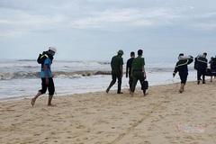Nam sinh Quảng Trị mất tích khi tắm biển lúc bão