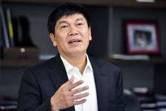Kiếm 1 tỷ USD, cuộc đua tay đôi của 2 tỷ phú bậc nhất Việt Nam