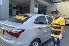 'Đói khách', nhiều tài xế 'khóc' vì không đủ bù tiền xăng, phí xét nghiệm