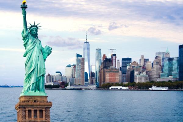 Mỹ mở cửa đón khách quốc tế sau khi du lịch thiệt hại hơn 250 tỷ đô