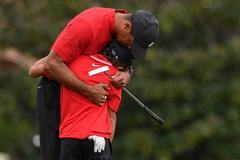 Tiger Woods và cuộc chiến với số phận