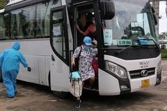 Quảng Ngãi đón người dân từ TP.HCM về bằng máy bay