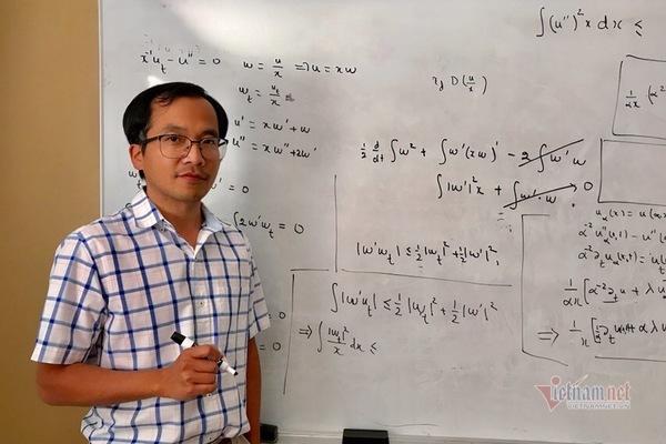 GS Phan Văn Tuộc: Học online, trách nhiệm lớn nhất thuộc về nhà quản lý