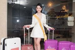 Người đẹp Việt dự Hoa hậu liên lục địa 2021 bị giữ hành lý ở sân bay