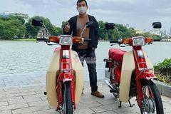 Cặp đôi Honda DD đỏ giá 700 triệu, chục người hỏi mua chủ xe không bán