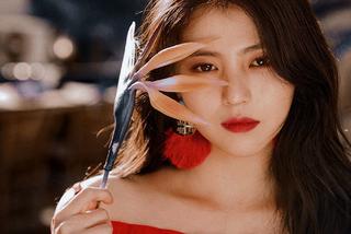 Han So Hee 'làm bạn' với dao, tập miệt mài 3 tháng cho phim 'My Name'