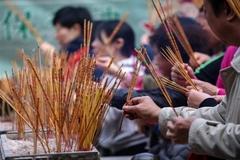 Tín ngưỡng, lễ hội truyền thống luôn chuyển tải những mong ước tốt lành trong cuộc sống
