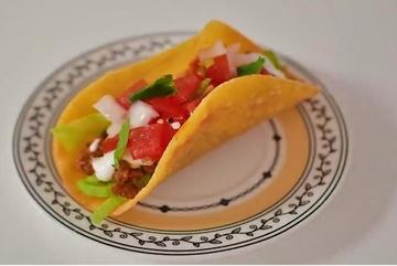 Mẹo làm vỏ bánh taco không cần lò nướng