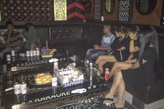 Phạt 2 quán karaoke hoạt động 'chui' hơn 50 triệu đồng