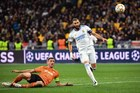 """Đại thắng """"5 sao"""", Real Madrid khiêu chiến Barca"""