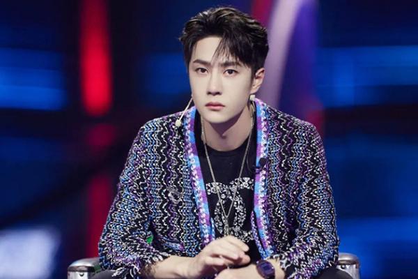 Trung Quốc loại Vương Nhất Bác, MC tai tiếng, không bằng cấp khỏi gameshow